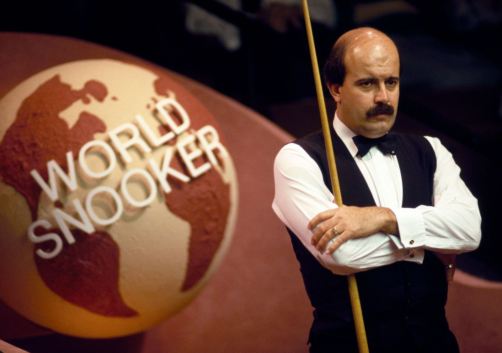 Willie Thorne playing in the World Snooker Championshipcirca April 1988   Photo: Bob Thomas Sports Photography/Getty Images