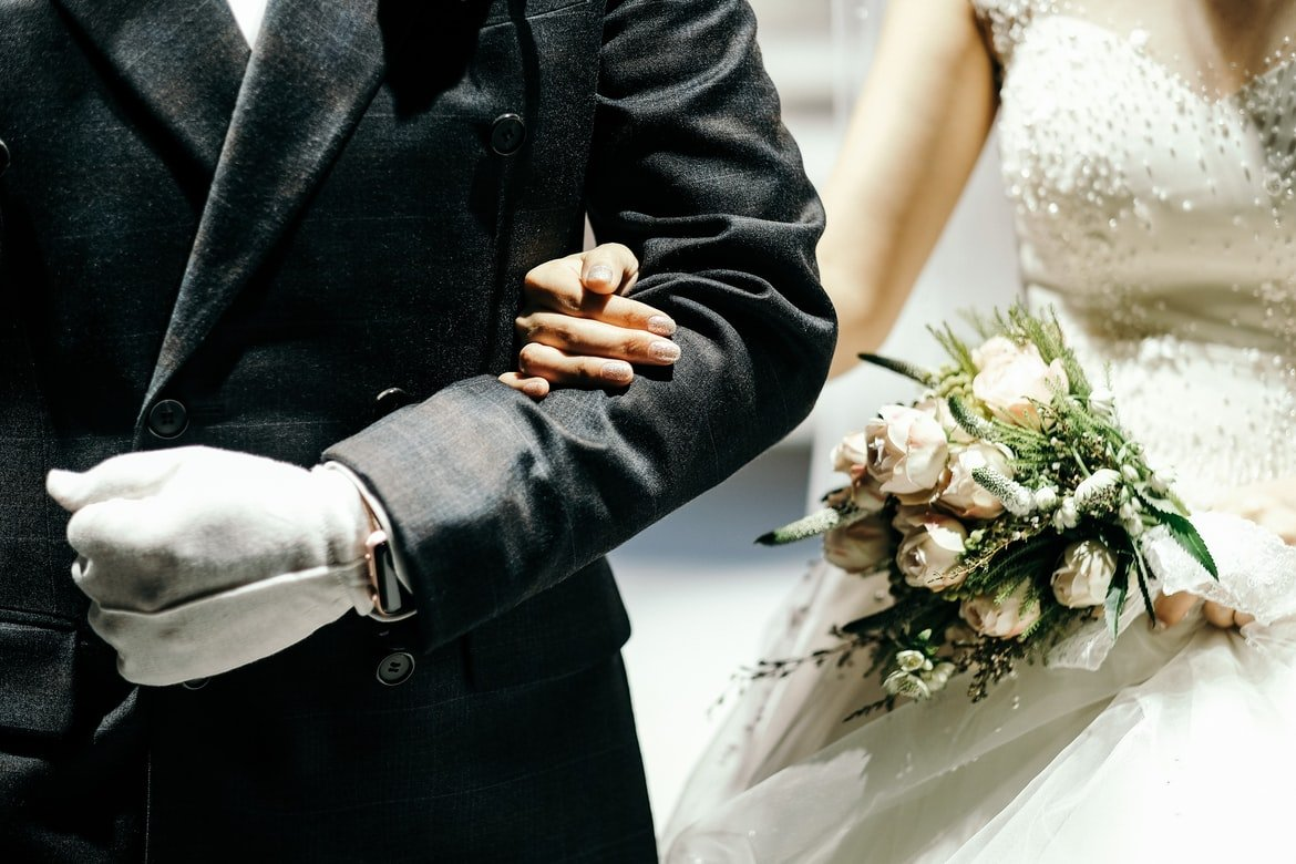 Bob walked her down the aisle, and they went no-contact with Mrs. Perkins. | Source: Unsplash