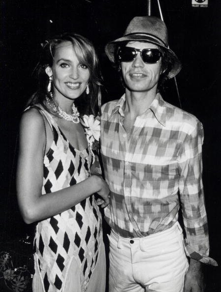 Mick Jagger and Jerry Hall on July 5, 1981 at the Xenon Disco in New York City, New York. | Photo: Getty Images