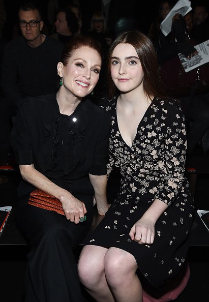 Julianne Moore and Liv Freundlich at New York Stock Exchange on February 9, 2018 in New York City.   Photo: Getty Images