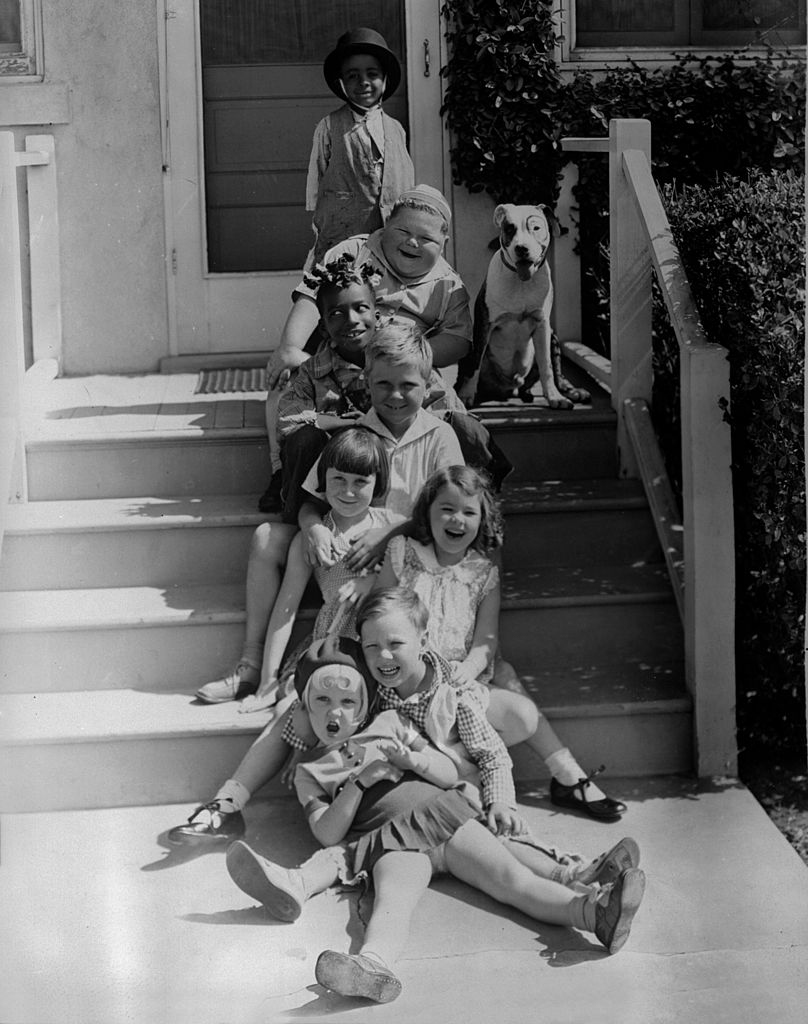 """Shirley Jean Rickert, Farina Hoskins, Norman """"Chubby"""" Chaney and other child stars on the set of """"Our Gang,"""" circa   Photo: Getty Images"""