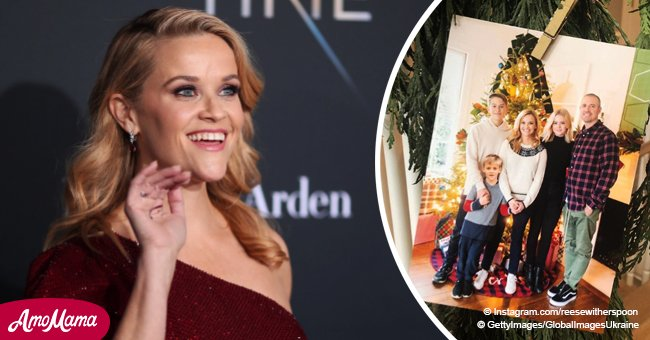 Reese Witherspoon shares a photo with her three kids, and daughter looks like her twin