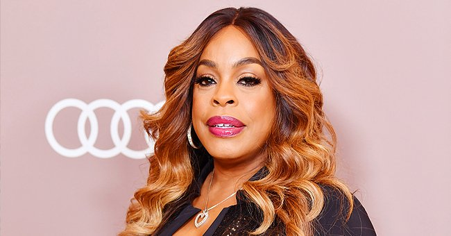 Niecy Nash of 'Stolen by My Mother' Shows off Chic Hairstyle and Makeup in a Recent Photo