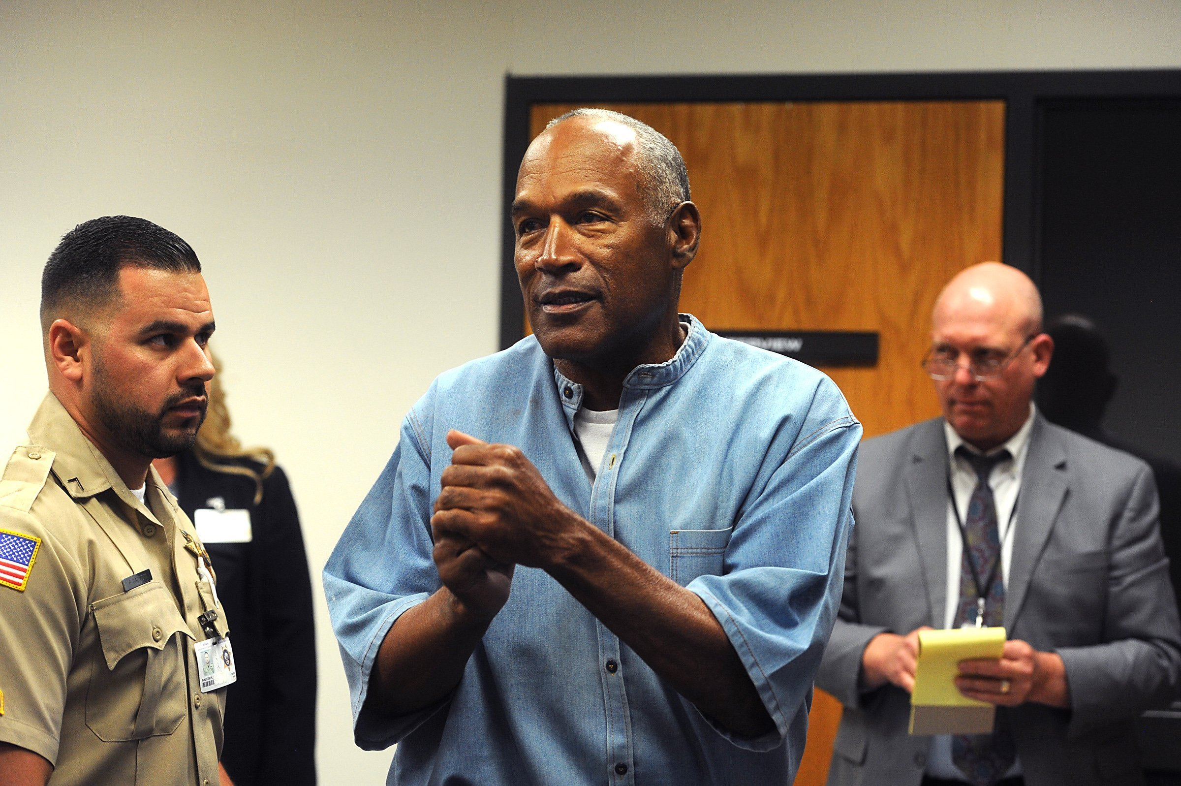 OJ Simpson during a hearing granting his parole in July 2017. | Photo: Getty Images