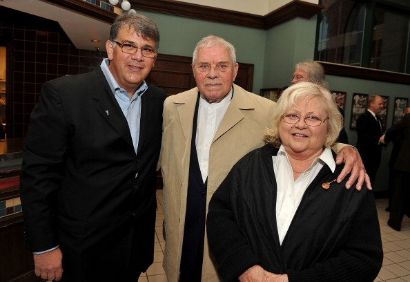 Academy of Country Music CEO Bob Romeo, Tom T. Hall and Dixie  Hall at Ryman Auditorium on September 19, 2011 in Nashville, Tennessee. | Photo: Getty Images