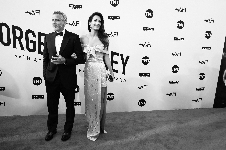 George y Amal Clooney en la 46° gala tributo del Premio a Logros de una Vida (Life Achievement Award Gala Tribute) del Instituto del Cine Americano (AFI) en honor a George Clooney, en el teatro Dolby, el 7 de junio de 2018 en Hollywood, California. || Fuente: Getty Images