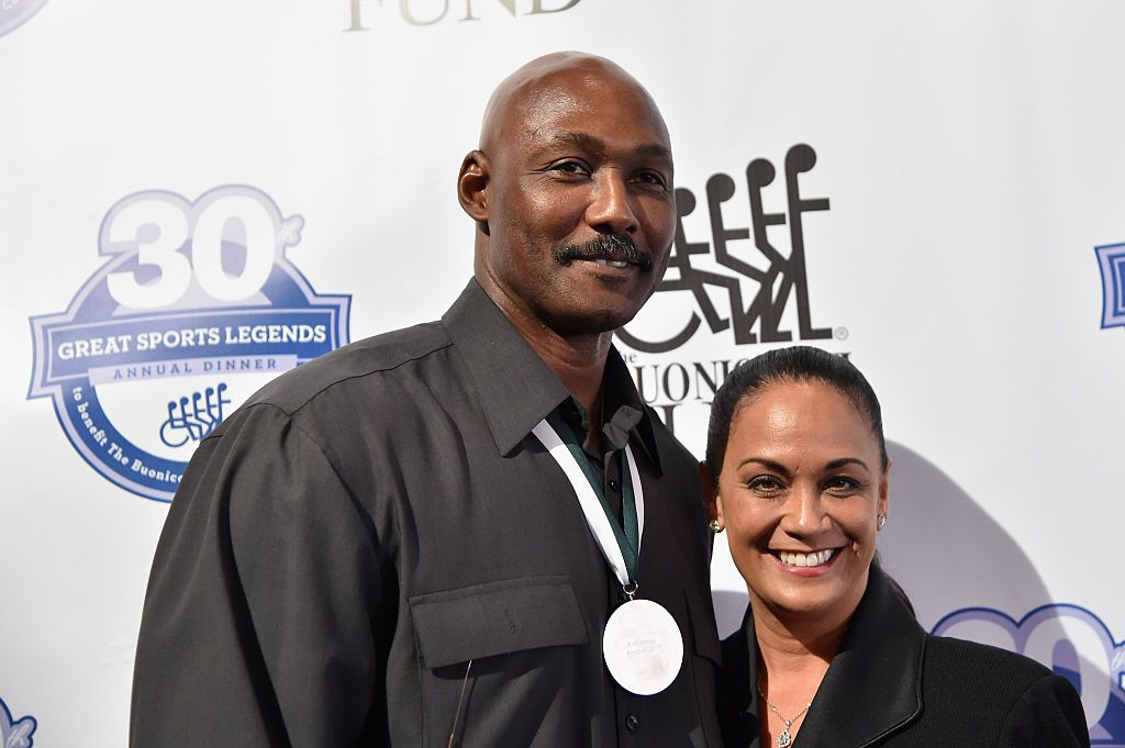 Karl Malone and wife Kay Kinsey Malone at the 30th Annual Great Sports Legends Dinner on October 6, 2015. | Photo: Getty Images