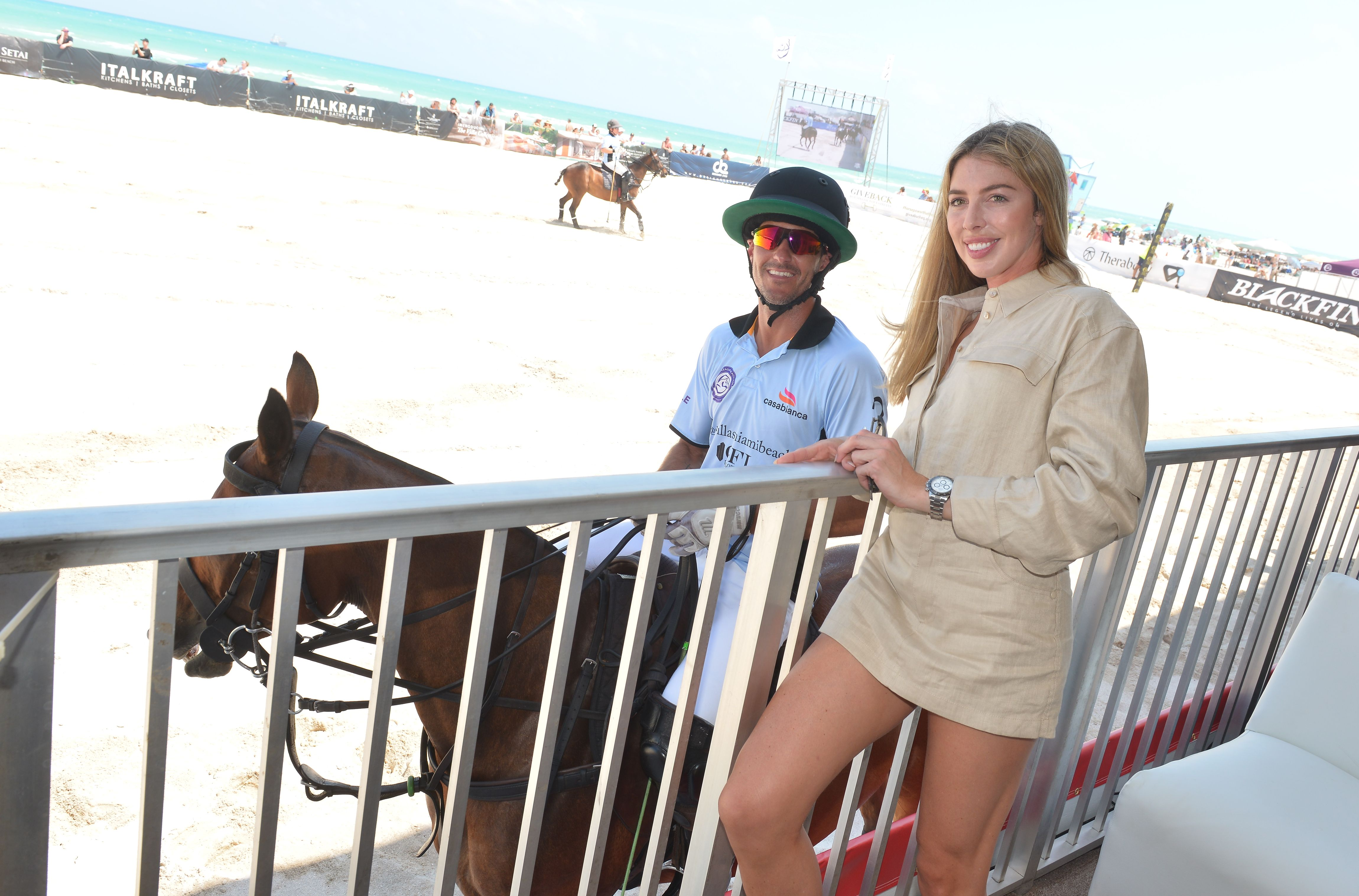Nic Roldan and Hannah Selleck at The World Polo League Beach Polo on April 24, 2021 in Miami Beach, Florida. | Photo: Getty Images
