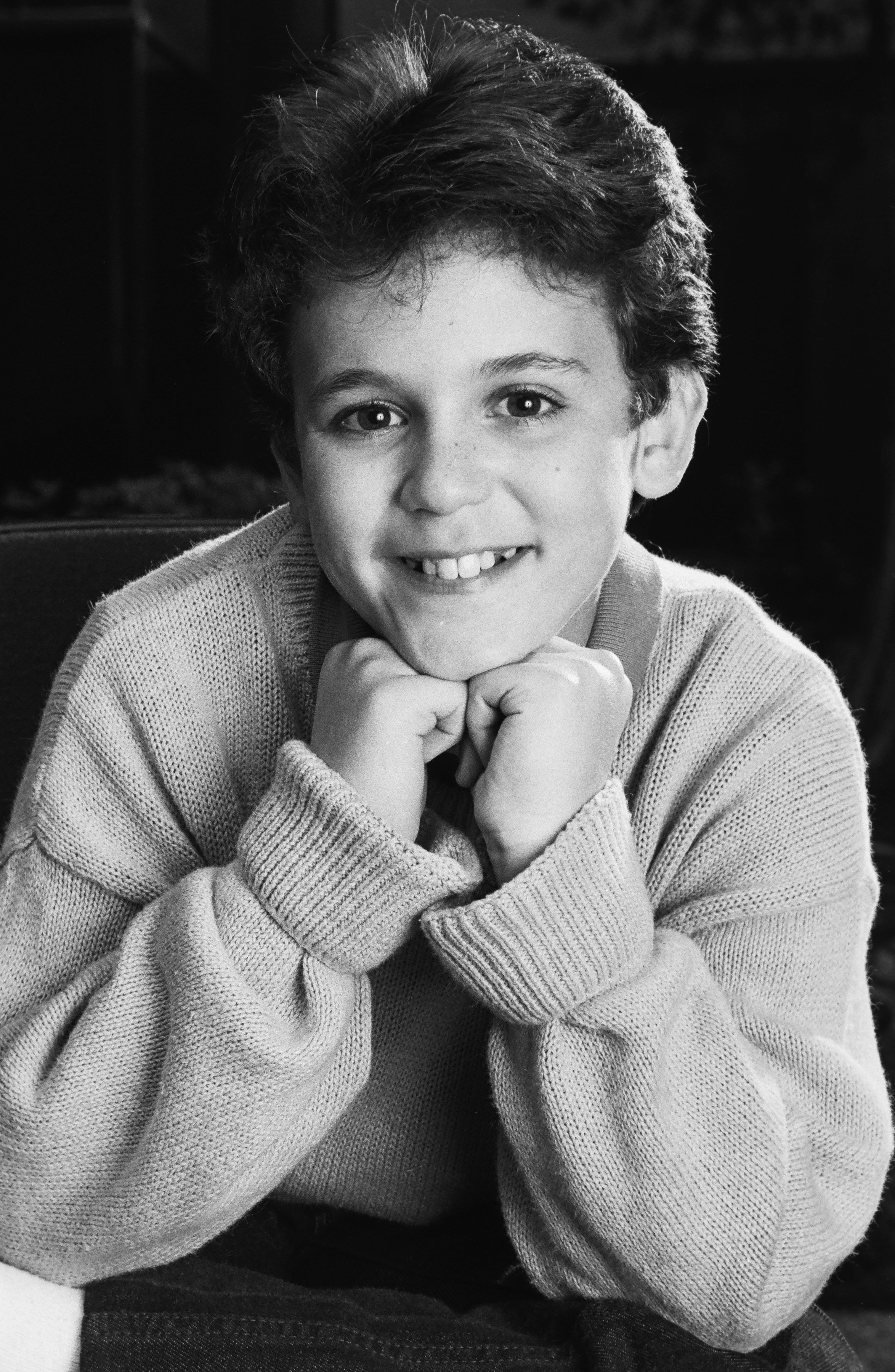 Fred Savage poses during a 1988 Los Angeles portrait session.    Photo: Getty Images