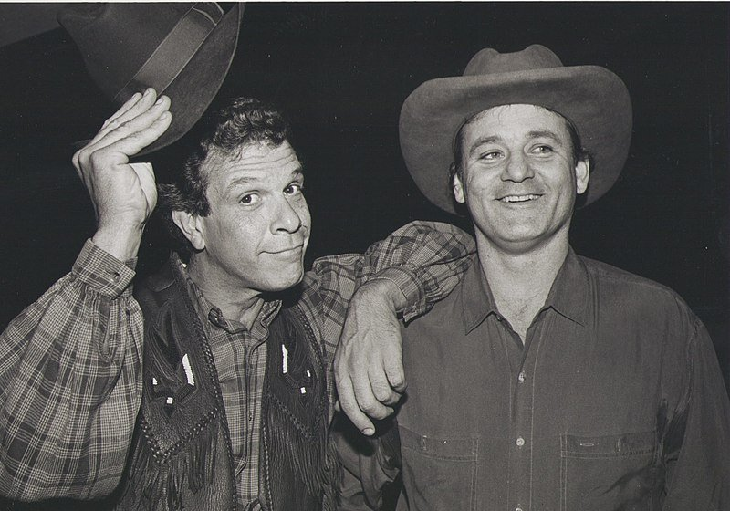 Paul Binder with Bill Murray at The Big Apple Circus in 1989. | Source: Wikimedia Commons