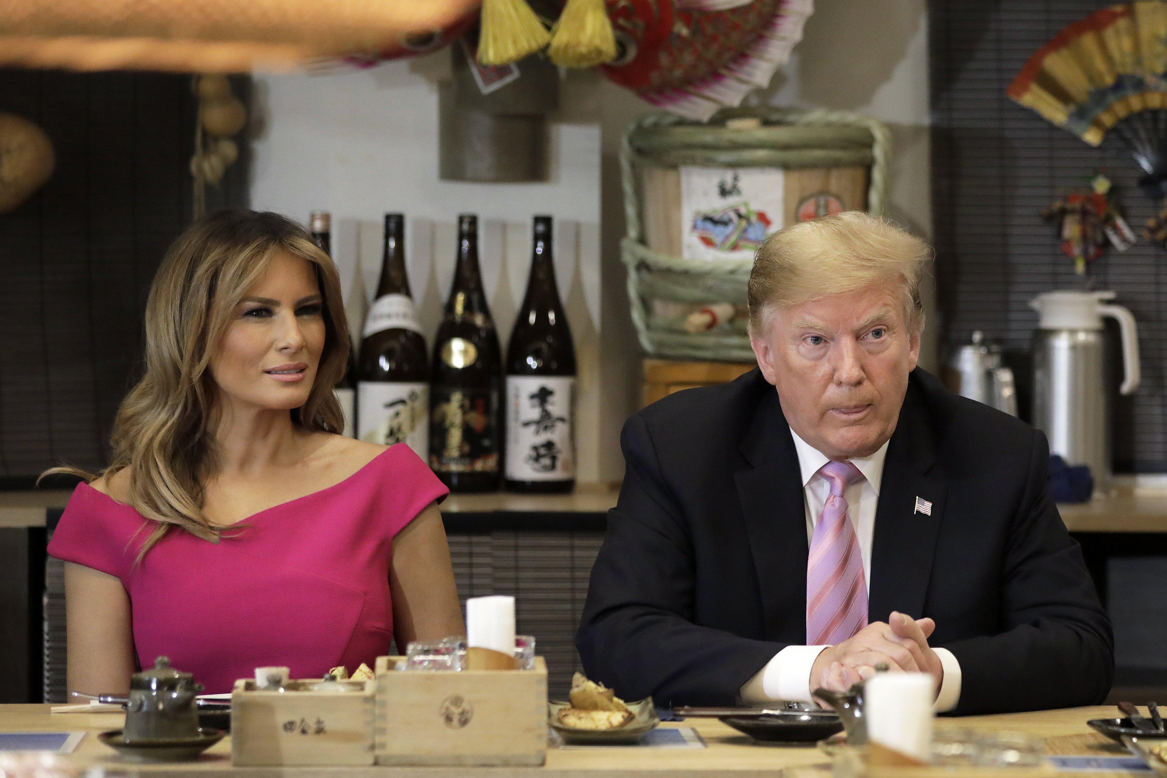 Donald Trump and Melania Trump at the Inakaya restaurant in Tokyo, Japan   Photo: Getty Images