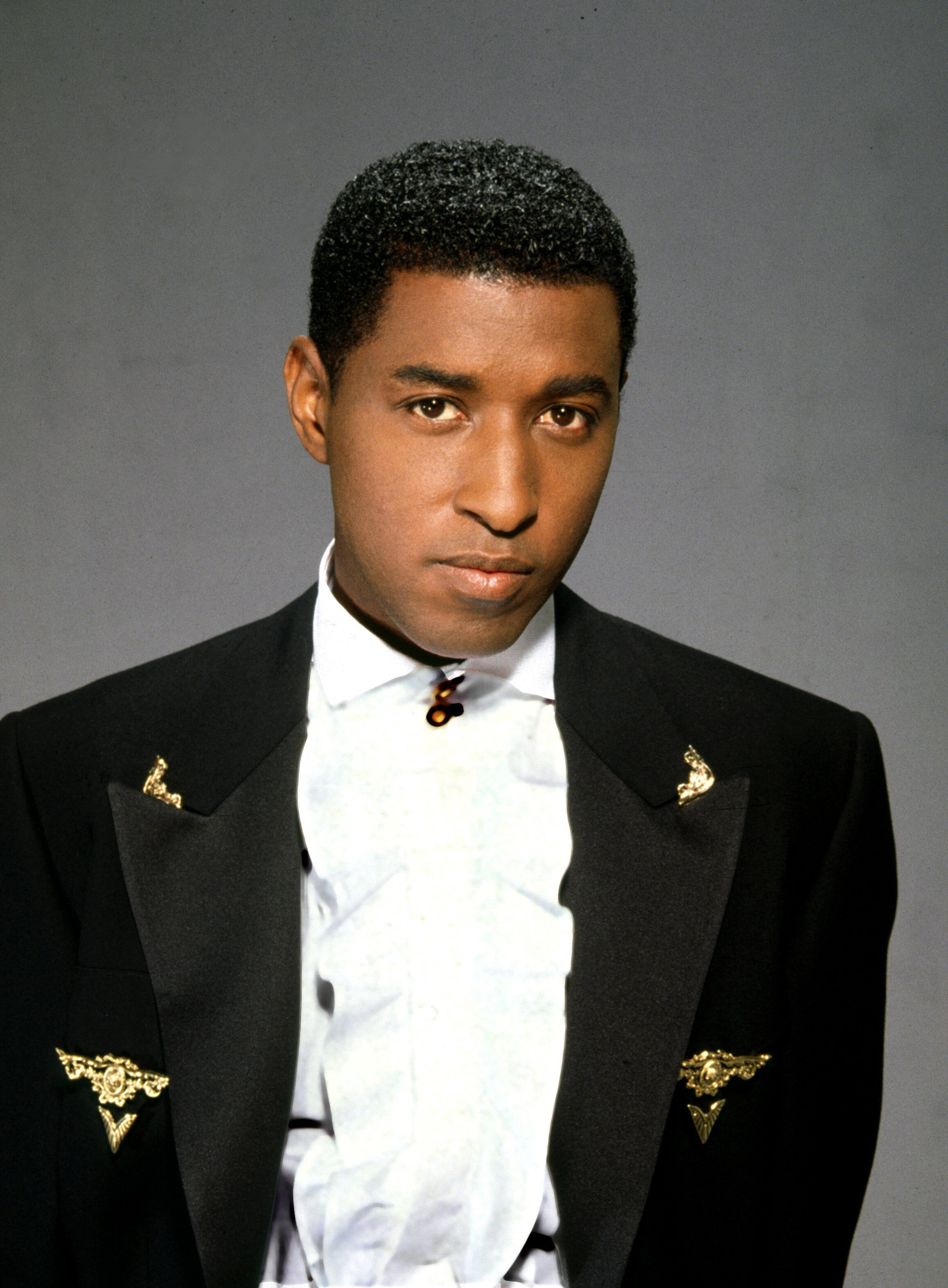 Babyface during a portrait session in 1992. | Photo: Getty Images