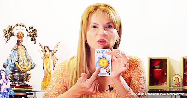Mhoni Vidente reveló la carta del tarot que te ayudará a aprovechar la energía de la Luna Rosa