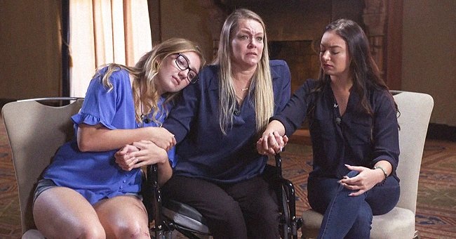 Mother Angela Gonzalez (45 years old) with her daughters Deven Gonzalez (16 years old) and Tayler Scheinhaus (25 years old). | Source: twitter.com/NBCNews