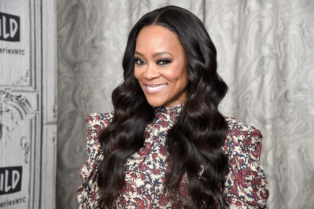Robin Givens visits the Build Series to discuss the OWN Network series 'Ambitions' at Build Studio | Photo: Getty Images