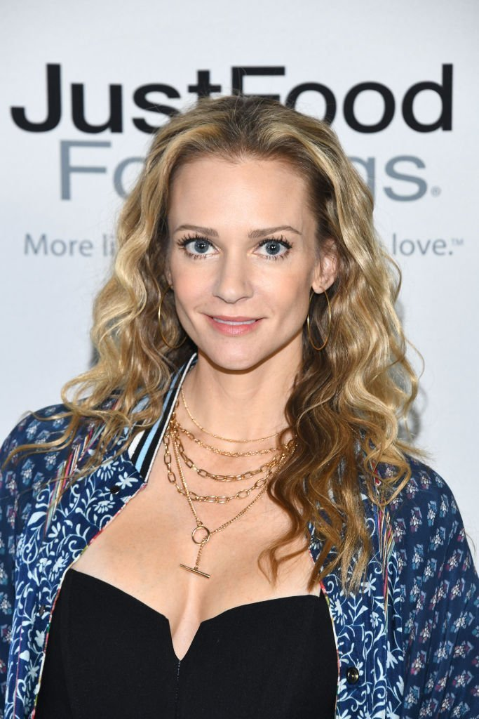A. J. Cook at the 9th Annual Wags & Walks Benefit Gala at Taglyan Cultural Complex | Photo: Getty Images
