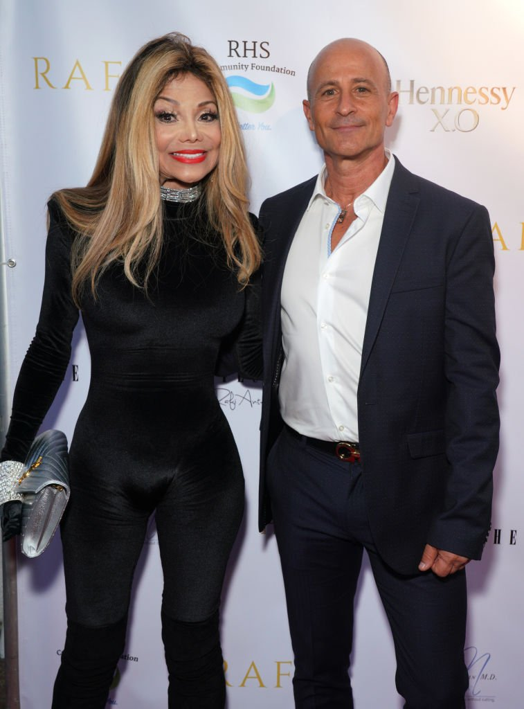La Toya Jackson and Rafy Anteby at the red carpet of Gladys Knight's 75th birthday party at the Vibrato Grill Jazz in California on October 20, 2019. | Photo: Getty Images