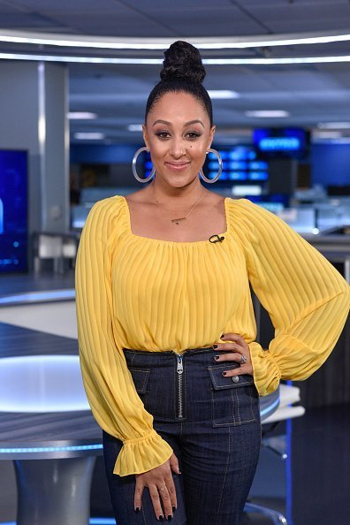 "Tamera Mowry-Housley visiting ""Extra"" in Burbank, California.