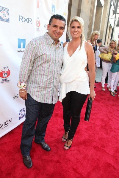 Buddy Valastro and Lisa Valastro attend the NY Giants Justin Tuck 4th Annual celebrity billiards tournament at Slate NYC on May 31, 2012, in New York City. | Source: Getty Images.