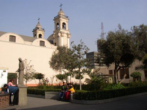 Claustro de Santa Rosa de Lima.| Fuente: Wikipedia