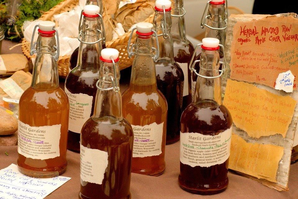 Vinaigre de cidre de pomme. | Photo : Pixabay