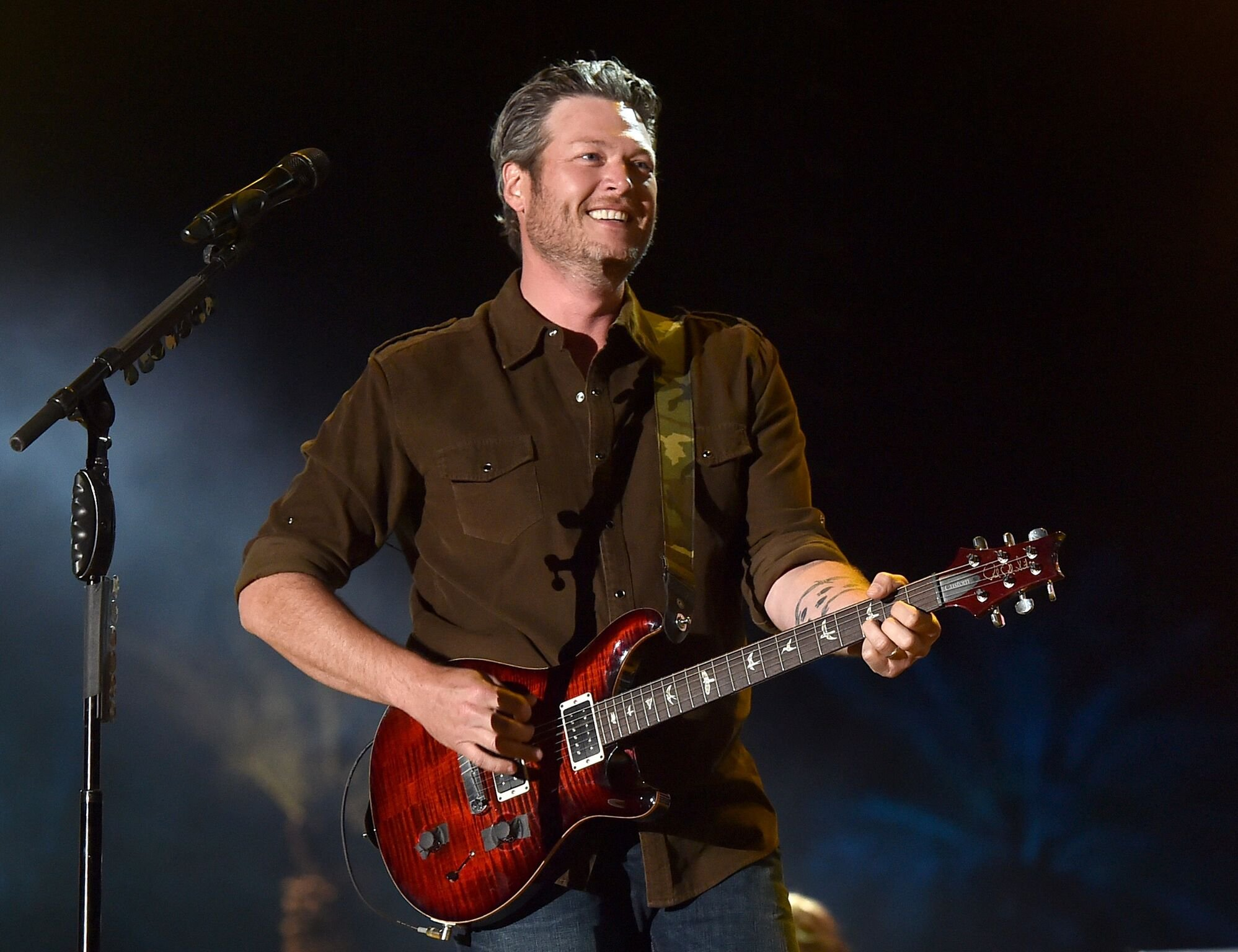 Blake Shelton performs onstage during day three of 2015 Stagecoach, California's Country Music Festival | Getty Images / Global Images Ukraine