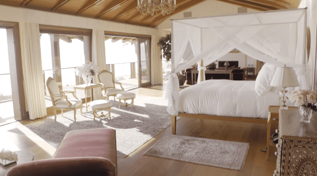 Pierce Brosnan and Keely Brosnan's Malibu mansion: master bedroom   Photo: YouTube/Architectural Digest