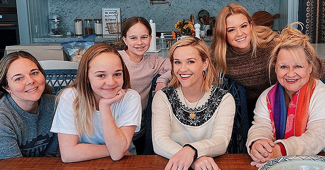 Reese Witherspoon and the 'Witherspoon Ladies' Wished Fans a Merry Christmas