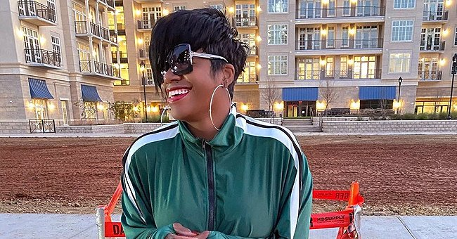 Fantasia Barrino Shows off Her 5-Month Baby Bump in Tight & Long Pink Dress with Matching Coat