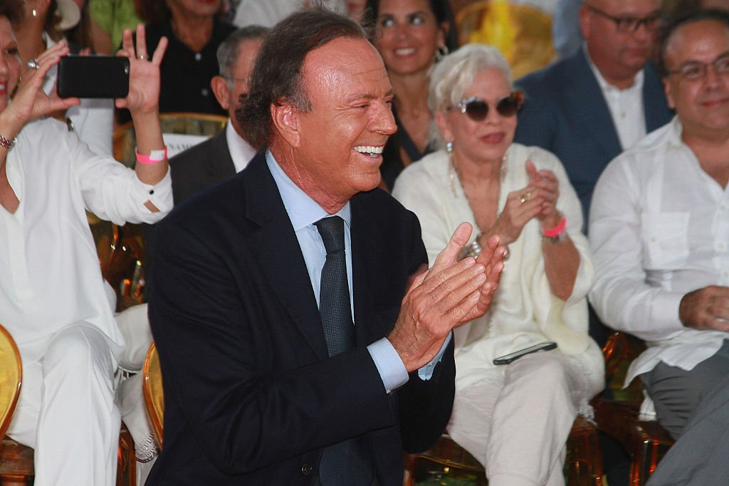 Le chanteur Julio Iglesias. | Photo : Getty Images
