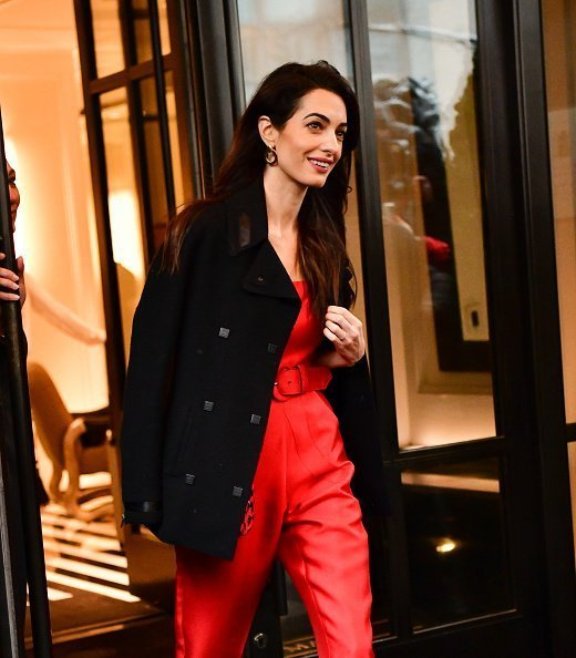 Amal Clooney leaves The Mark Hotel after attending Meghan, Duchess of Sussex's baby shower on February 20, 2019 in New York City. | Photo: Getty Images