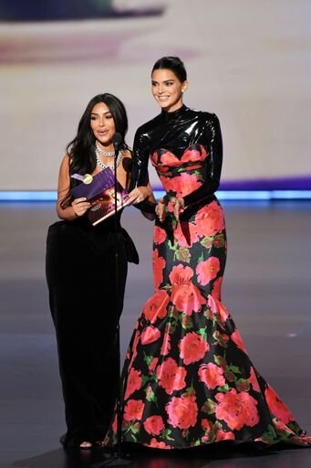 Kim Kardashian and Kendall Jenner at the 2019 Emmys/ Source Getty Images