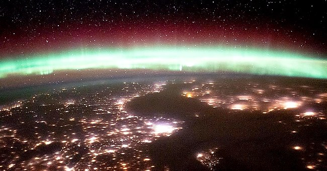Astronauts from International Space Station Share Breathtaking Photos of Earth's Aurora Glowing
