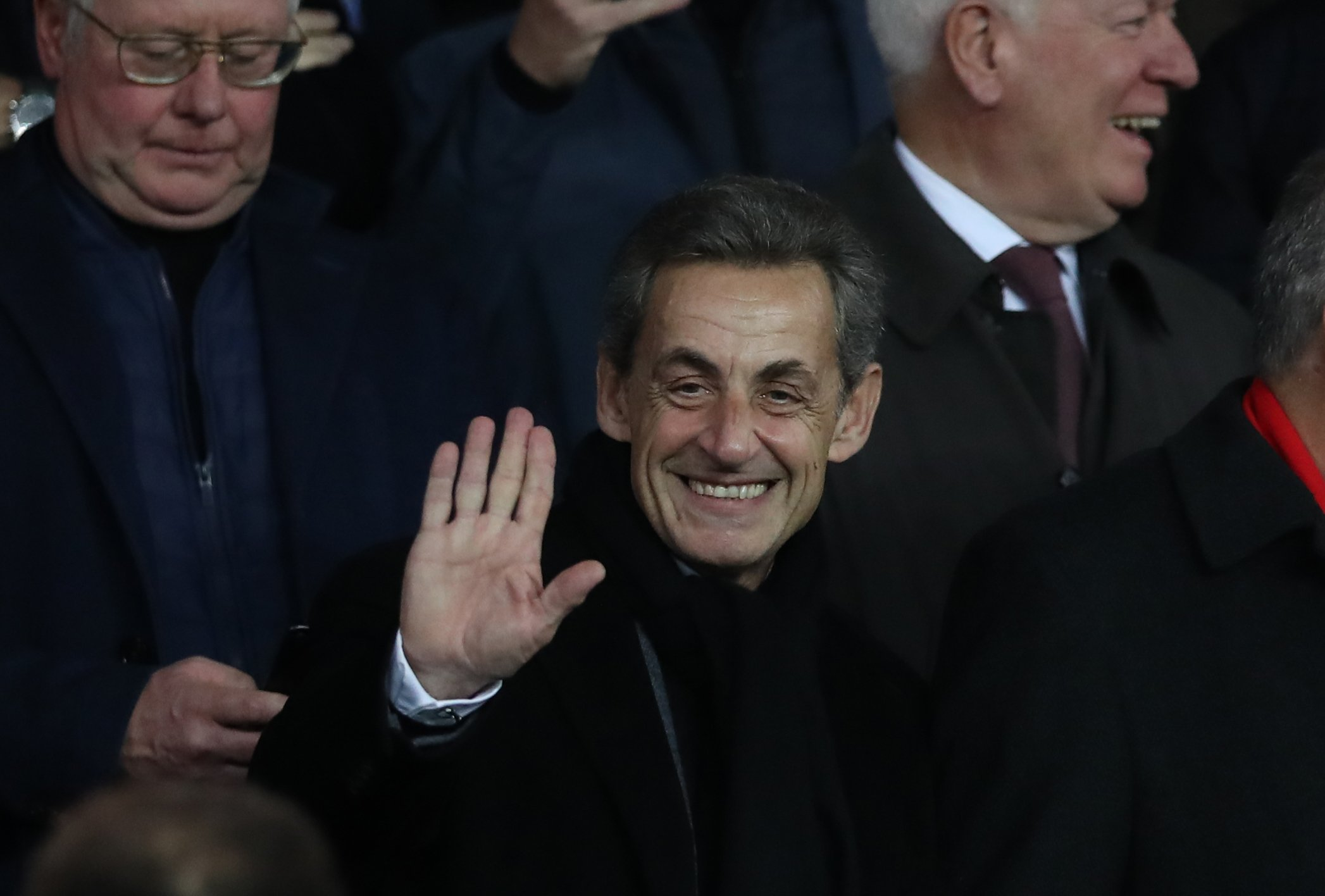 L'ancien président français Nicolas Sarkozy au match du Groupe C de la Ligue des champions de l'UEFA à Paris, France | Photo : Getty Images