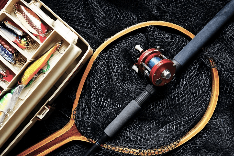 A photo of some fishing equipments | Photo: Pixabay