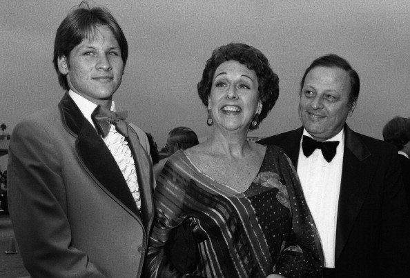 Actress Jean Stapleton with son John Putch and husband William Putch arrive at the 30th Annual Emmy Awards on September 17, 1978 at the Pasadena Civic Auditorium | Photo: Getty Images